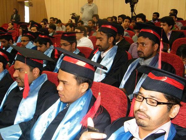 آموزش پزشکان افغان در رشته های تخصصی توسط دانشگاه علوم پزشکی مشهد
