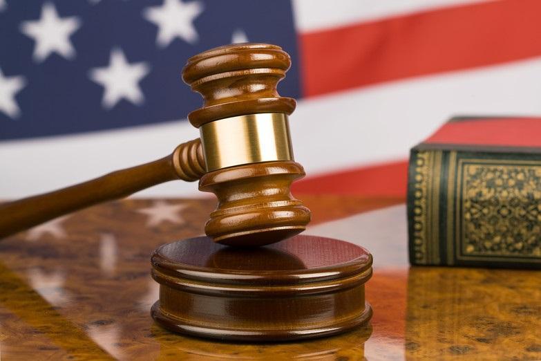 19 سال زندان برای مرد آمریکایی که کودک 5 ساله را از طبقه سوم پرت کرد!