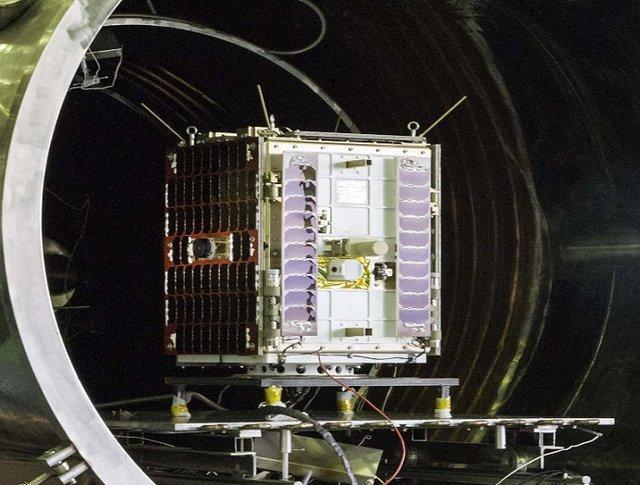 اعطای پروانه اپراتور ماهواره های مخابراتی به شرکت های خصوصی