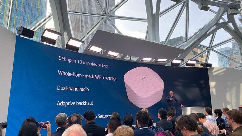 آمازون روتر مش وای فای دوبانده ای معرفی کرد که با دستورات صوتی کنترل می شود