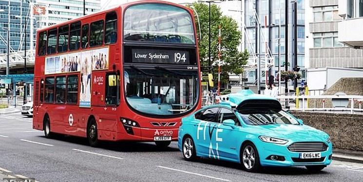 نخستین تاکسی خودران در انگلیس (