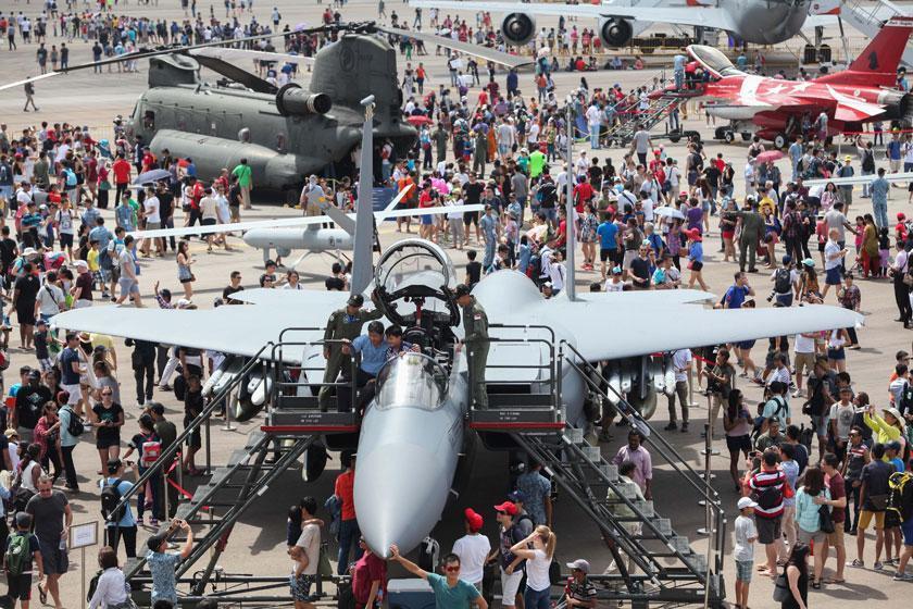بزرگترین نمایشگاه هوایی و دفاعی آسیا در سنگاپور آغاز به کار کرد