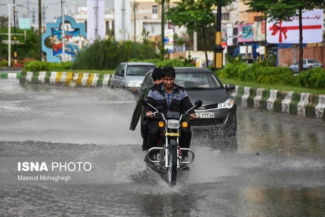 برنامه ریزی برای برطرف مشکل آبگرفتگی 7 نقطه تهران ، طراحی حوضچه زباله گیر در خیابان پیروزی