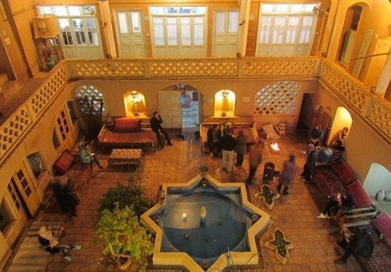 تأسیس اقامت گاه بوم گردی مشوق حفظ خانه ها و بناهای تاریخی است