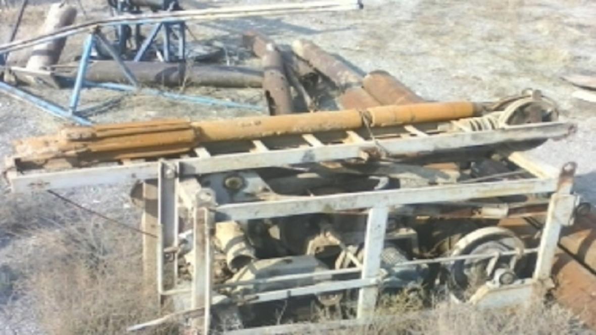 توقیف سه دستگاه حفاری چاه آب در استان اصفهان