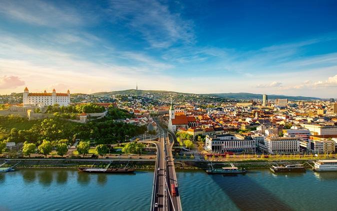 اخذ اقامت اروپا با 9500 یورو