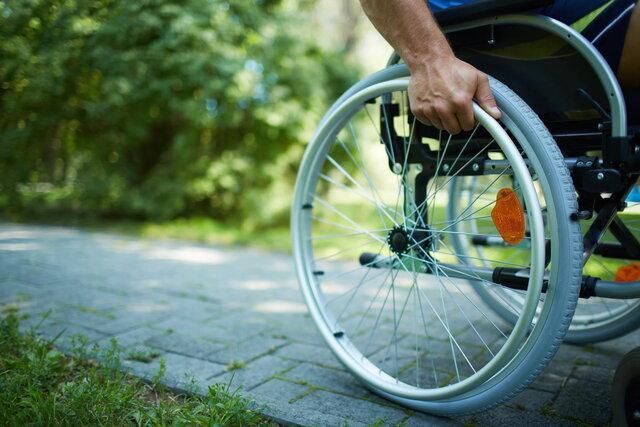 امتناع سازمان برنامه از اجرای موادی که مستمری معلولان را افزایش می دهد