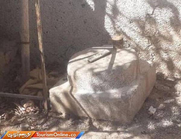 کشف یک قطعه ته ستون تاریخی در مرودشت