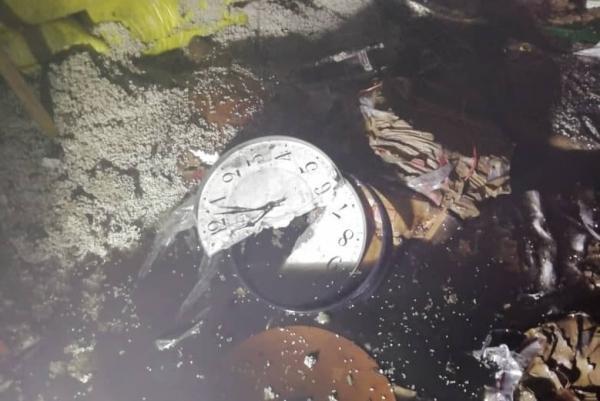 آتش سوزی گسترده سوله ساخت ساعت در جاده خاوران