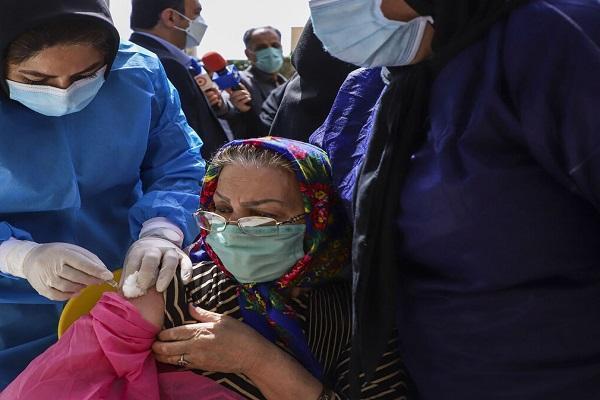 واکسیناسیون کرونا برای افراد بالای 75 سال شروع شد