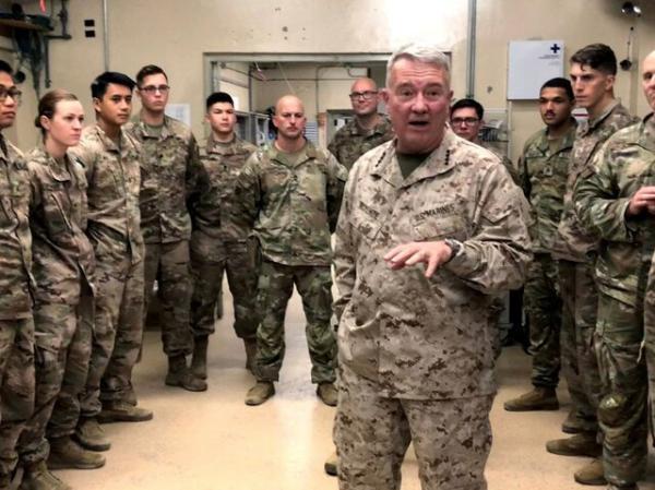 مک کنزی: به درخواست دولت عراق در این کشور هستیم