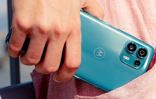 گوشی مقرون به صرفه موتورولا Edge 20 لایت با مشخصات فنی خوب معرفی گردید