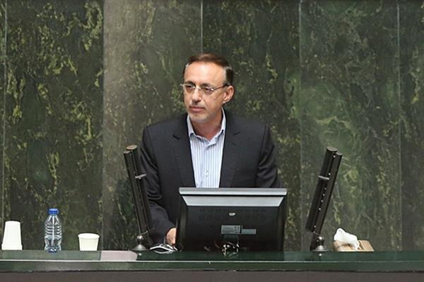 وحیدی: سازمان برنامه به تعهداتش درباره زلزله زدگان خراسان شمالی عمل کند