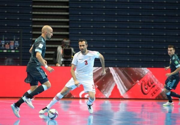 شمس: پس از 2 گل آرژانتین، یادمان افتاد چقدر هنرمند هستیم، نباید اسیر بازی پنج نفره ازبکستان شویم